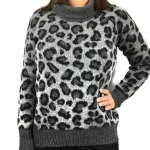 Cynthia Rowley teddy sweater Leopard print gray M